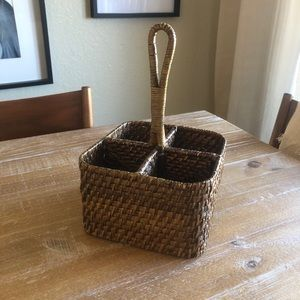 Pottery Barn Woven 4-Square Caddy with Handle